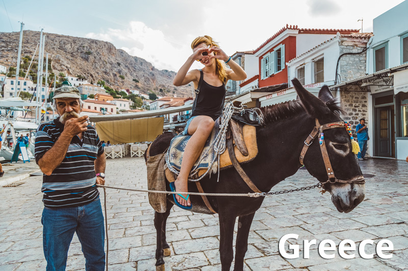 Horse riding and other extra activities in Greece